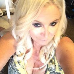 Debbie Floyd