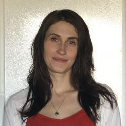 Yana Manzhosova