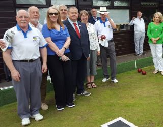Leightons Haslemere sponsor local bowls club