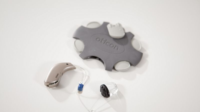 What's the difference between hearing aids and amplifiers? | THCP