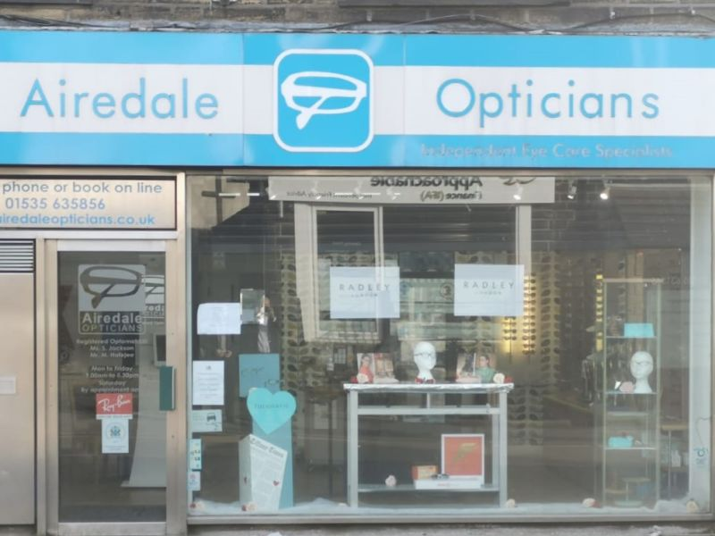 airedale opticians cross hills