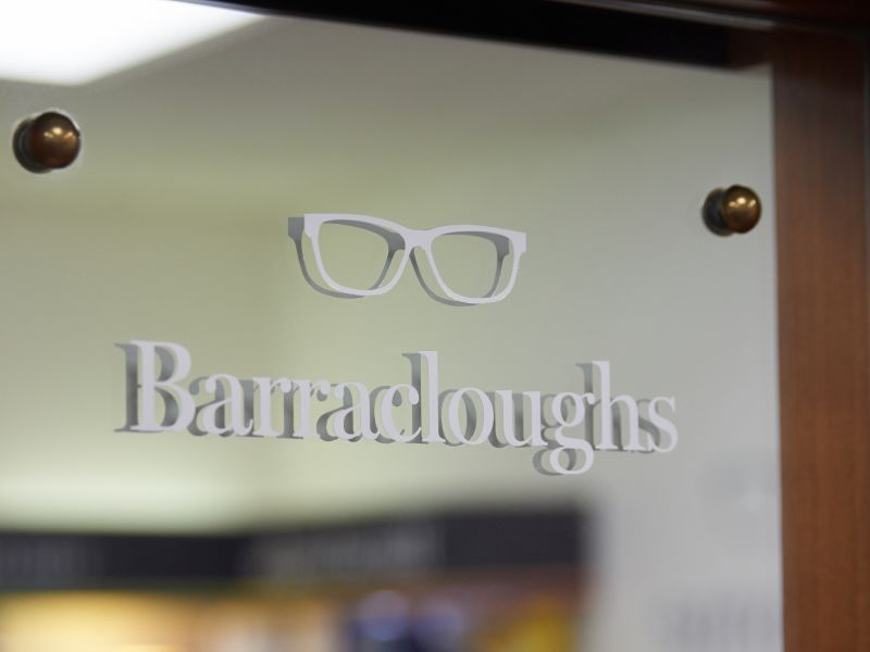 barracloughs lewes sign