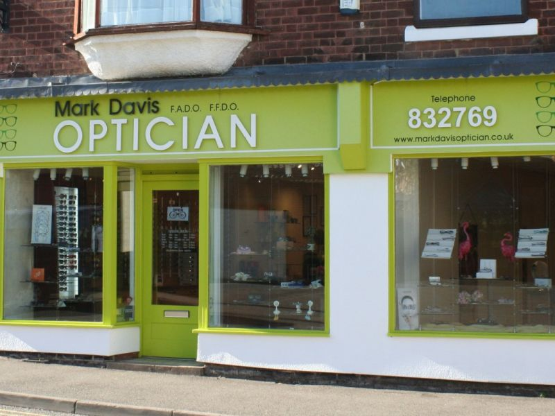mark davis opticians whitwick