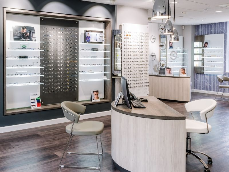 richard stent optometrist interior