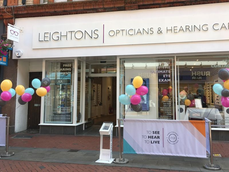 Leightons Reading store with balloons