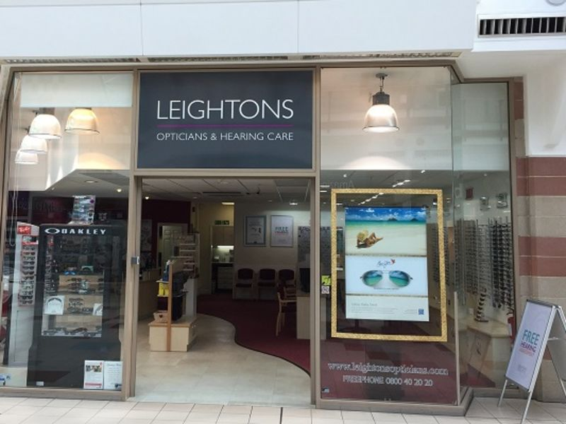 Leightons store front Hempstead Valley