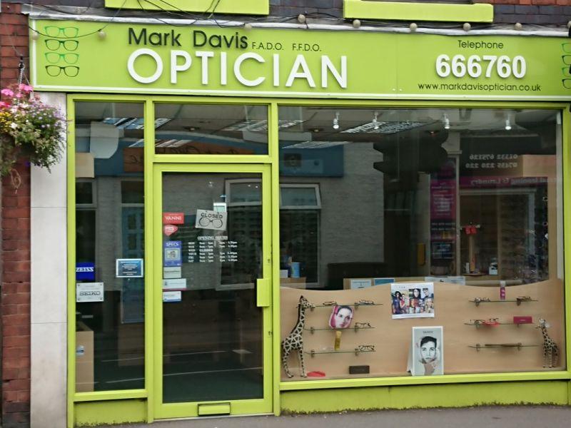 mark davis opticians spondon