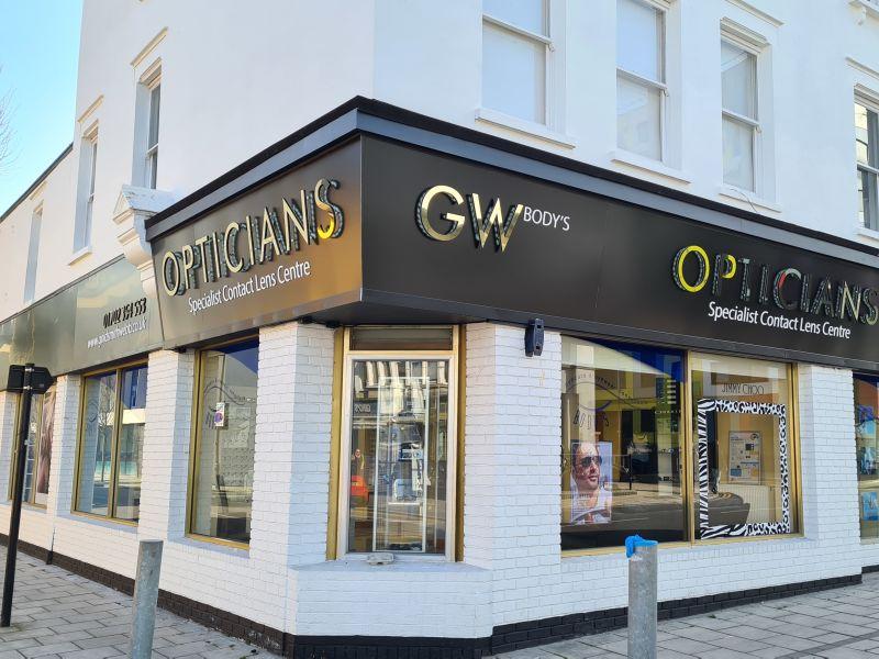 goldsmith webb opticians Southend-on-Sea exterior