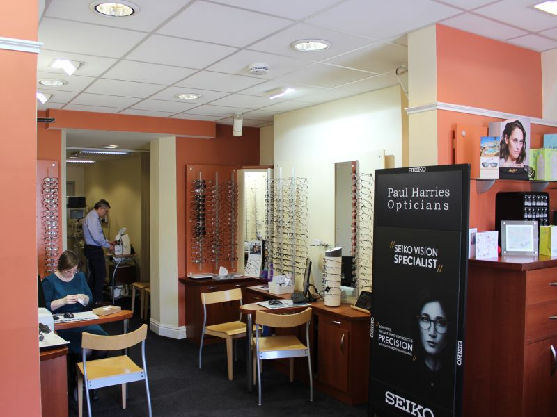 paul harries opticians interior