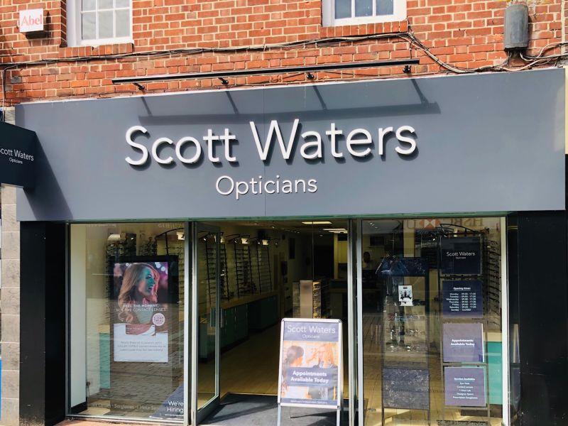scott waters opticians newbury