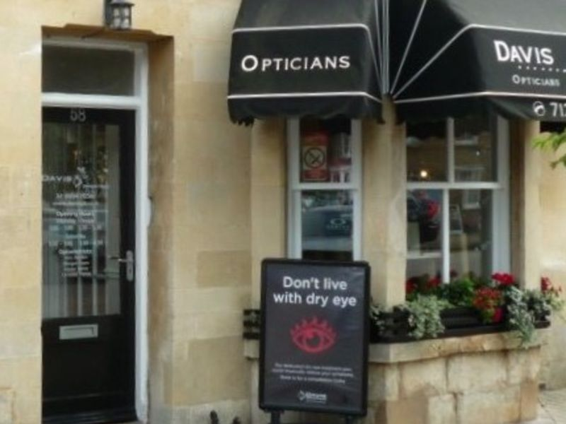 davis opticians olney exterior