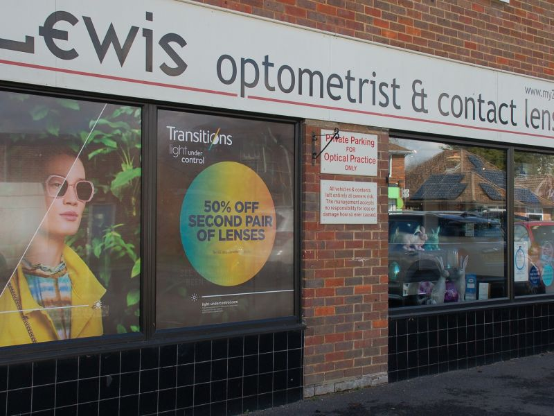 leigh lewis optometrists