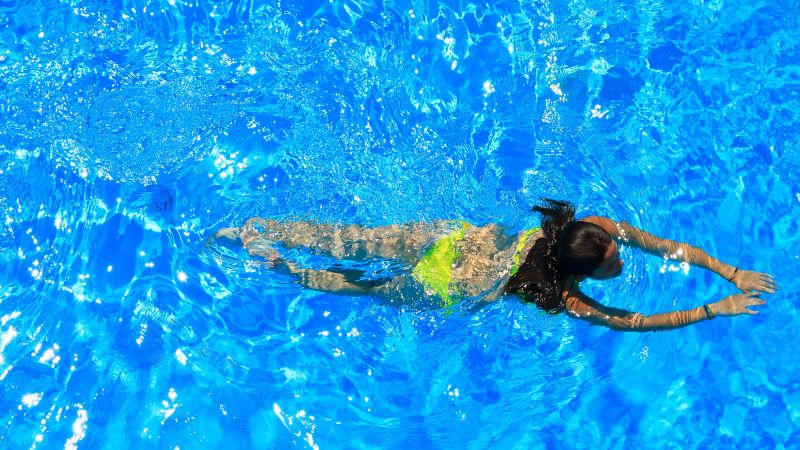 How to protect yourself from swimmer's ear | THCP