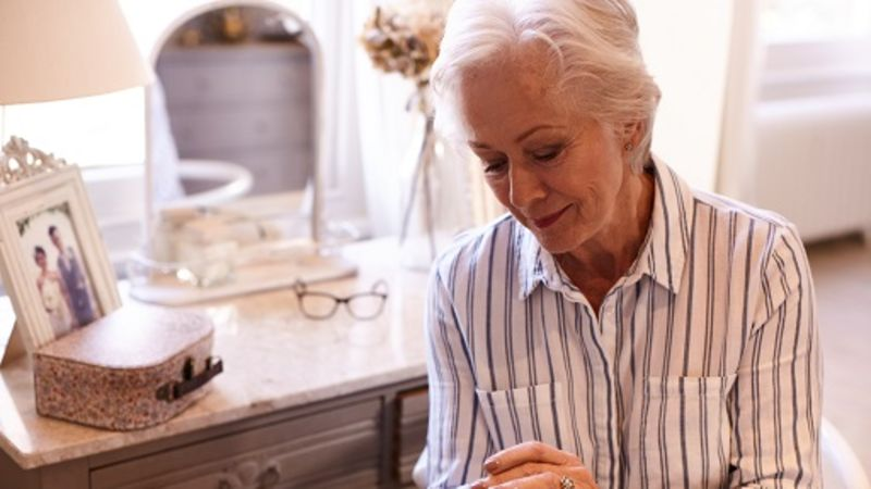 What Is An 'Invisible' Hearing Aid? | THCP