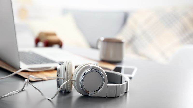 How to listen to your favourite music safely | THCP