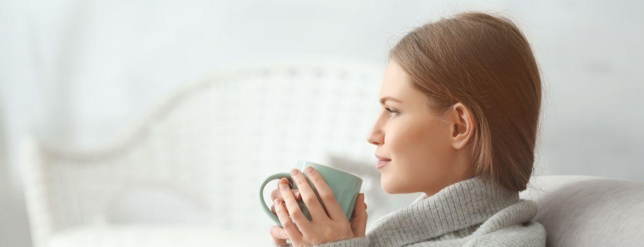 tinnitus patient woman de-stress with tea