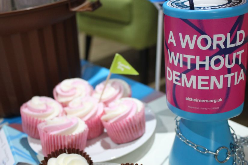 leightons alzheimers cupcake day
