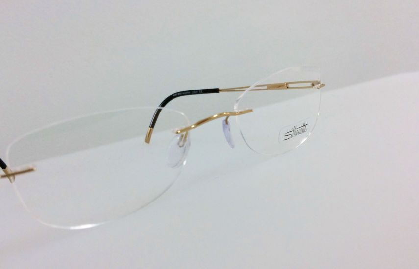 Silhouette frames at Thatcham
