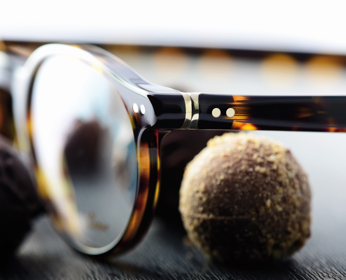 praline glasses by lunor eyewear