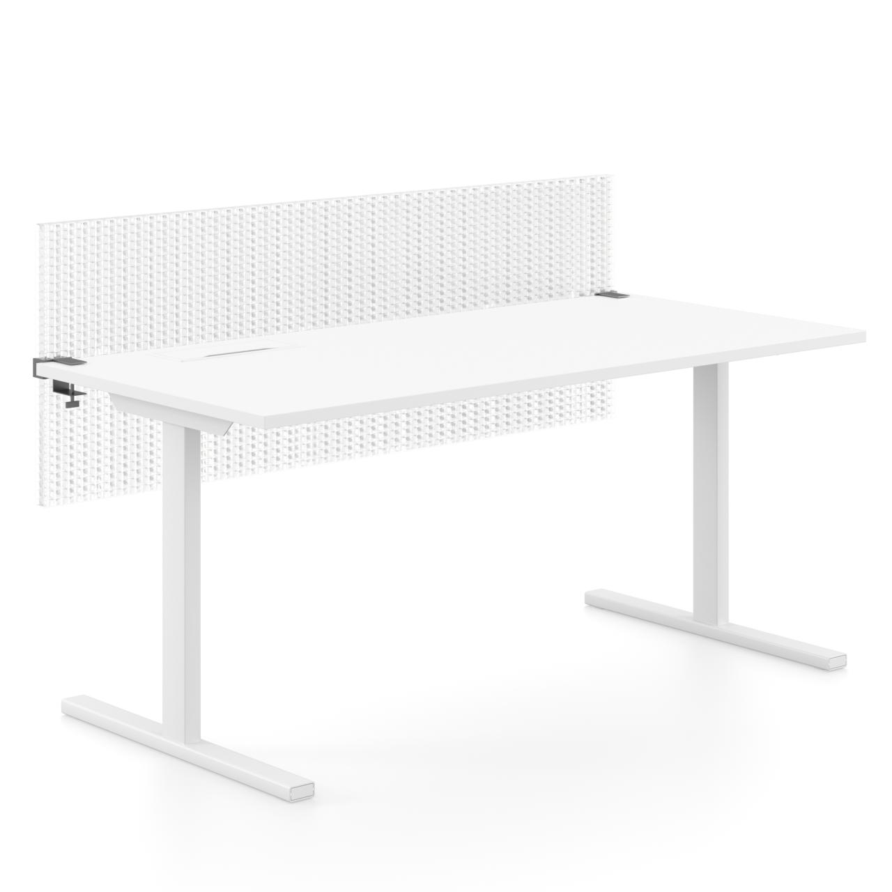 Die wabenförmige, extra leichte Tischtrennwand Light ist ein lichtdurchlässiges Designelement für jedes Büro. Sie lässt sich höhenverstellbar am Tisch befestigen und dämmt effizient Arbeitsgeräusche.