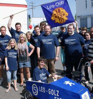 Seifenkistenwettbewerb beim Binzener Frühlingsfest: Der Leo-Club war dabei