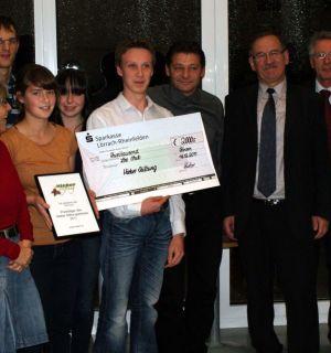 Leos gewinnen 2.000€ bei Preisverleihung der Hieber Stiftung