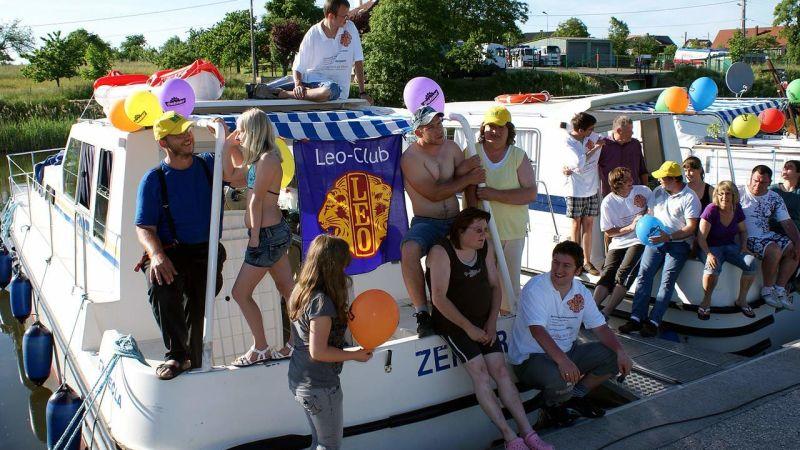 Achttägige Hausbootfahrt in Frankreich