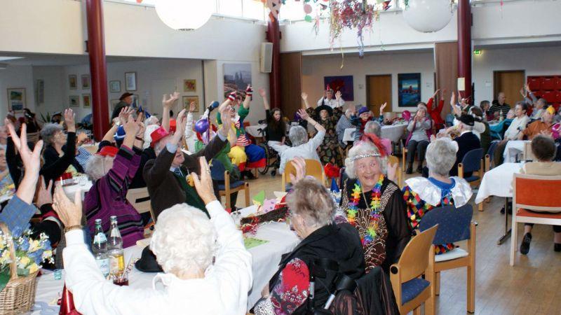 Fasnachtsfeier im Pflegeheim mit vielen Mitmachelementen