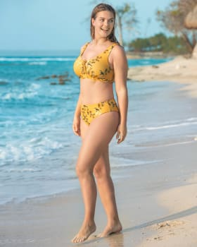 bikini con top acordonable y panty de tiro medio-161- Fondo Amarillo-MainImage