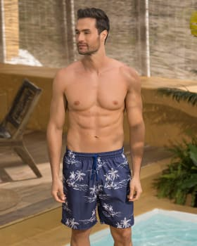 pantaloneta de bano masculina elaborada con material de pet reciclado con mayor cubrimiento-509- Estampado Palmeras-MainImage