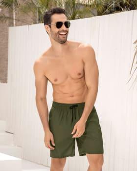 pantaloneta larga de bano para hombre elaborada con botellas de pet recicladas-610- Verde-MainImage