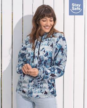 chaqueta femenina antifluidos con tapabocas removible-510- Blue Print-MainImage