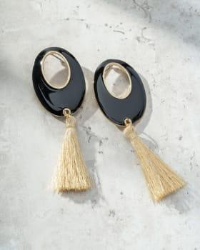 aretes para mujer con pompones en contraste-SIN- Sin Color-MainImage