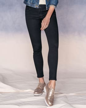 super skinny magic jeans-700- Black-MainImage