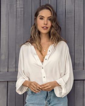 blusa manga larga abotonable con charreteras en mangas--MainImage