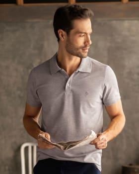 camiseta tipo polo con estampado en el frente en poliester y algodon-245- Gray-MainImage