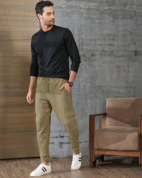 pantalon jogger para hombre con bolsillos laterales funcionales-617- Verde Oliva-ImagenPrincipal
