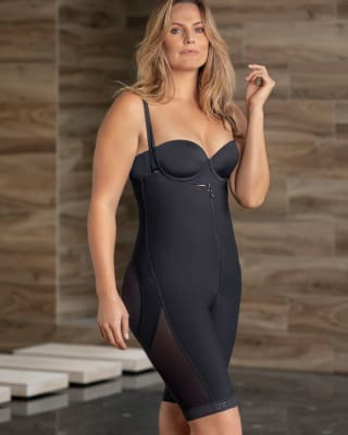 stay-put strapless waist-to-knee sculpting shaper--MainImage
