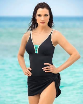 vestido de bano entero con falda multiusos y control de abdomen-700- Black-ImagenPrincipal