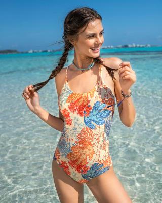 vestido de bano entero con control suave de abdomen elaborado con pet reciclado-012- Fondo Amarillo-MainImage
