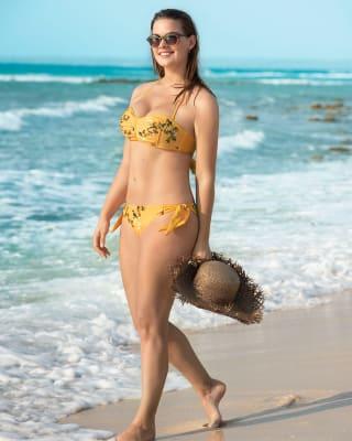 no-slip strapless bikini-161- Fondo Amarillo-MainImage