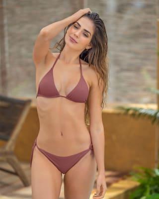 bikini de poco cubrimiento y tanga brasilera ideal para bronceo-194- Vino Medio-MainImage