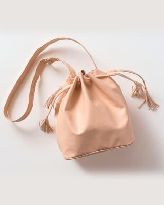 bolso rosa palido en material sintetico con penachos en el cordon funcional-093- Rosa-MainImage