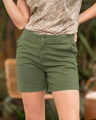 bermuda corta para mujer elaborada en algodon y elastano-617- Verde-MainImage