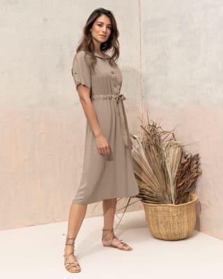 vestido manga corta con cuello camisero y elastico en cintura-084- Arena-MainImage