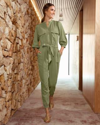 enterizo largo con tira anudable en cintura y bolsillos-601- Verde-MainImage