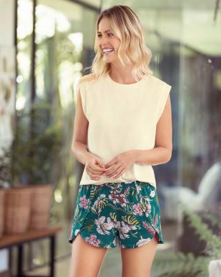 short corto de pijama estampado con cintura enresortada-145- Estampado Verde-MainImage