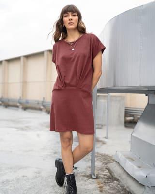 vestido corto silueta amplia con recogido en frente--MainImage