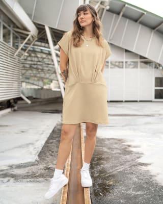 vestido corto silueta amplia con recogido en frente-807- Beige-MainImage