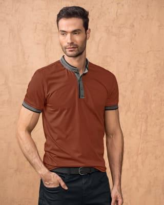 camiseta cuello henley con contraste de color en mangas y cuello-221- Terracota Medio-MainImage